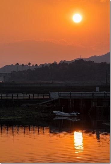 EOS-Mに望遠 朝日