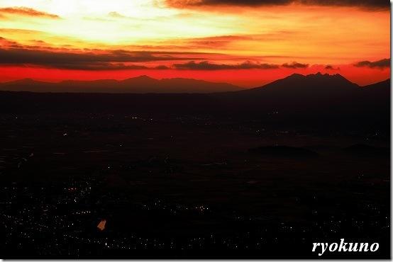 阿蘇の夜明けを撮る 5Dmark2とSIGMA24-70mm