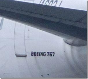 ボーイング767を等倍切り抜き