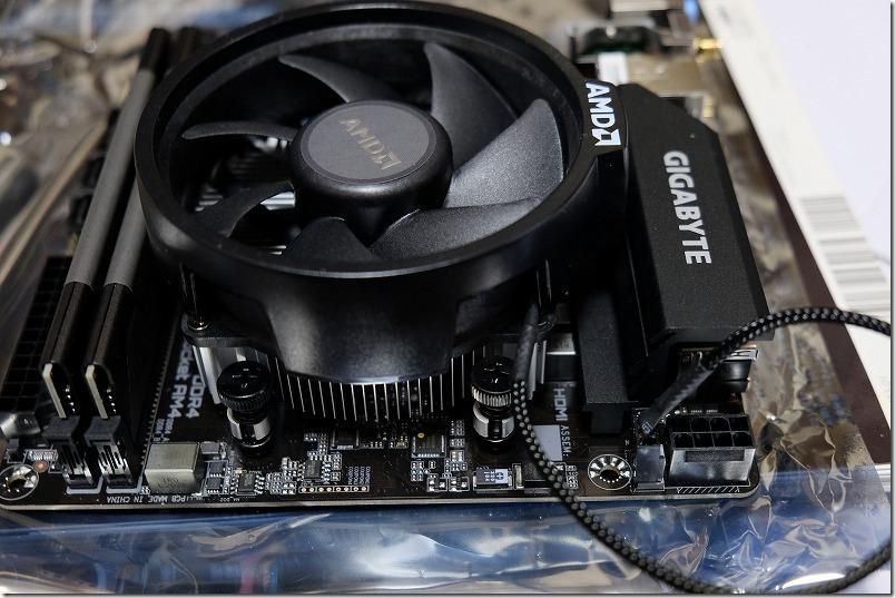 GIGABYTE,A520I,AC,ITXへCPUファン取り付け