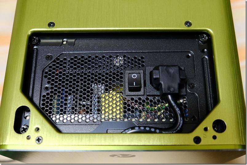 METIS、PLUS(グリーン)のケースへ電源取り付け